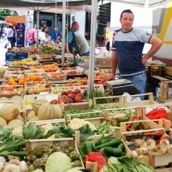 Wandertouren in Abruzzen: Markt in Sulmona