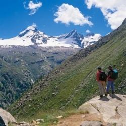 Tagestouren im Nationalpark Gran Paradiso: Abstieg in das Valsavarenche