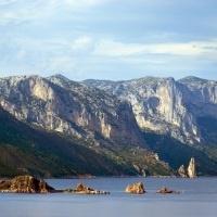 Wandern auf Sardinien an den Küsten und durch die Berge